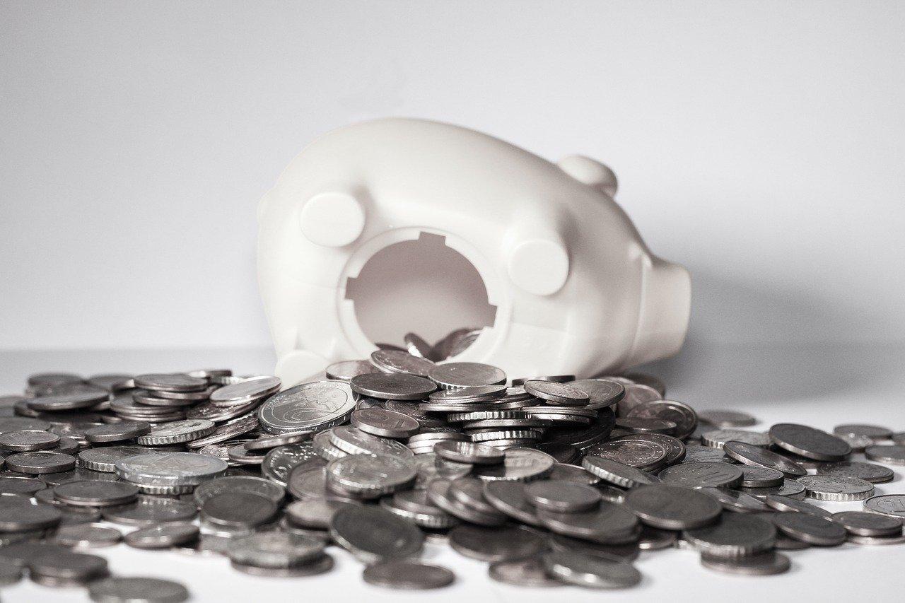 ФНС дала разъяснения к недавно вступившим в силу поправкам в КоАП, касающимся отвественности за нарушения валютного законодательства