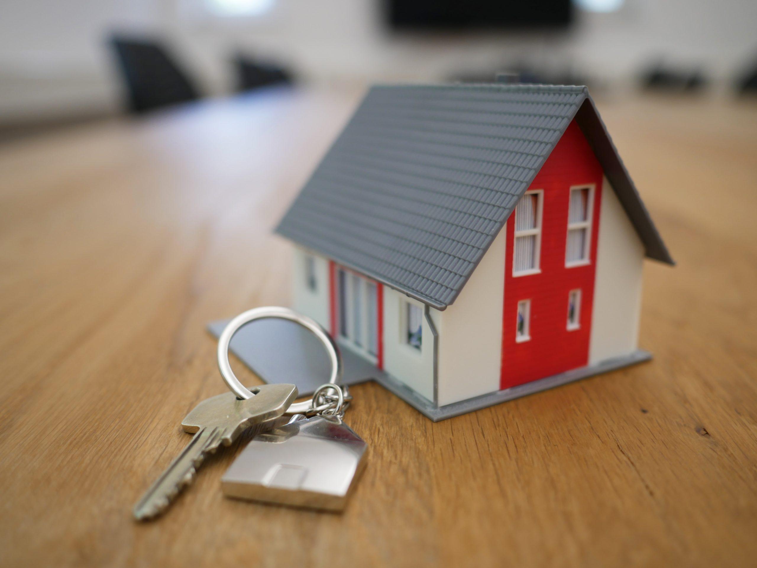 Заключать договоры аренды и купли-продажи недвижимости с Москвой станет проще
